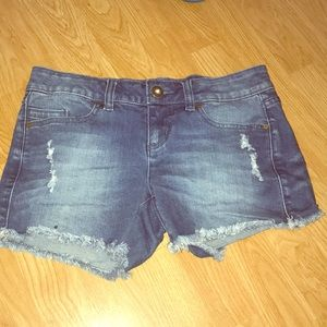 O'Neil jean shorts size 5 juniors distressed hem